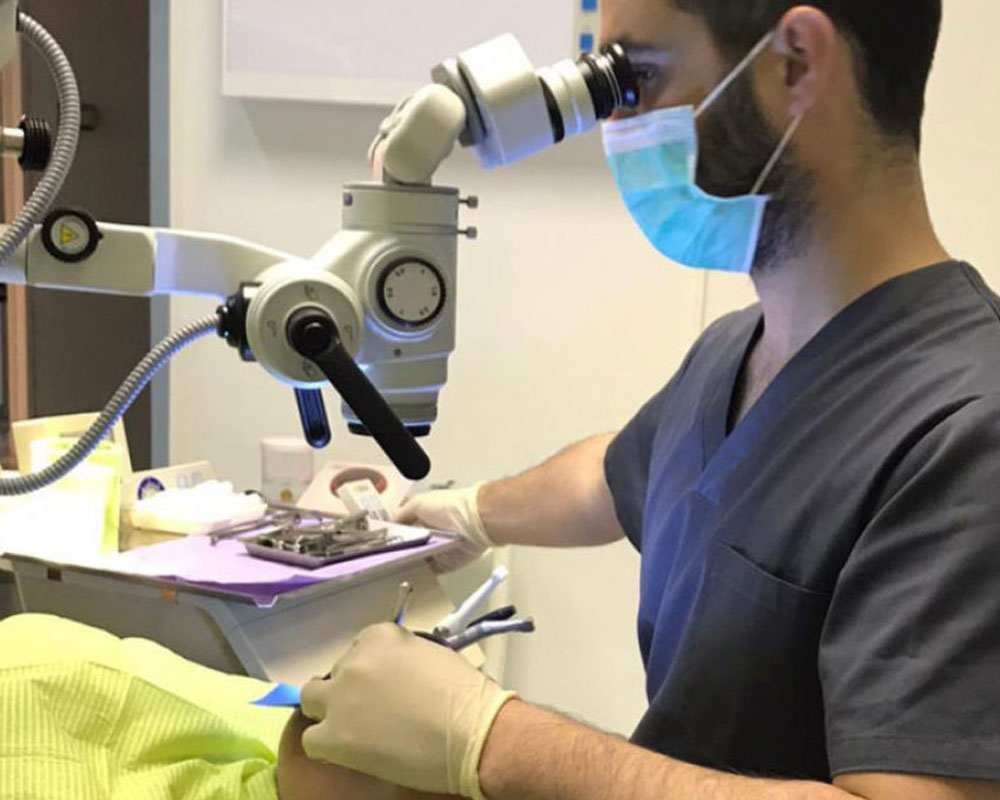 microscopio-quirurgico-boca-a-boca-dental.jpg